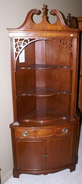 Antique corner cabinet mahogany corner cabinet for Corner cabinet