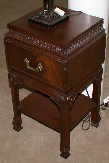 One Drawer Mahogany Antique Chinese Chippendale Night Stand
